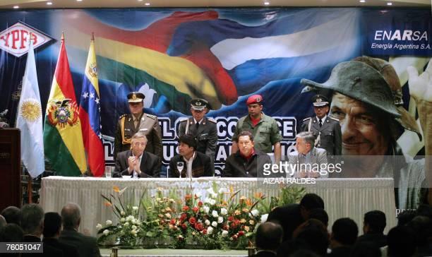 Presidents Nestor Kirchner of Argentina Evo Morales of Bolivia Hugo Chavez of Venezuela and Bolivia's VicePresident Alvaro Garcia Linera gather for...