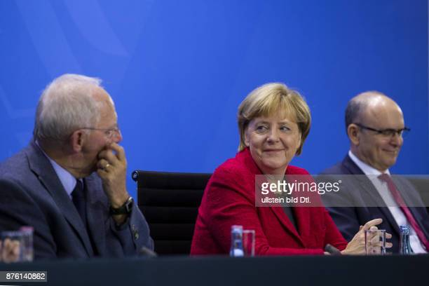 Press conference by German Chancellor Angela Merkel Federal Minister of Finance Wolfgang Schäuble Minister President of MecklenburgVorpommern Erwin...