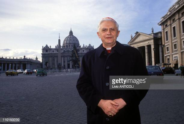 Press conference new catechism in Rome Italy on December 09 1992 Card Joseph Ratzinger