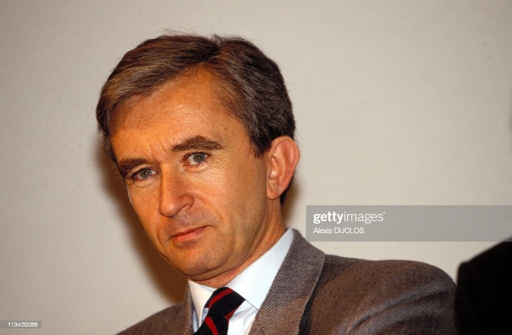 Press Conference Of Bernard Arnault On November 27th, 1991 In Paris France : News Photo
