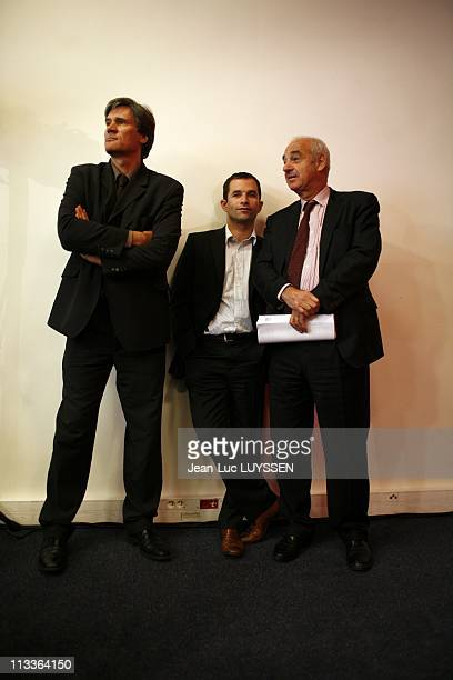 Press Conference Of Francois Hollande On Renovation Forums In Paris France On September 19 2007 Stephane Le Foll Benoit Hamon Henri Weber