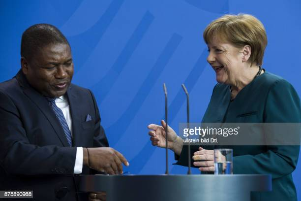 Press conference of German Chancellor Angela Merkel with President Filipe Nyusi on 19 April 2016 at the Chancellery Berlin. The President has tangled...