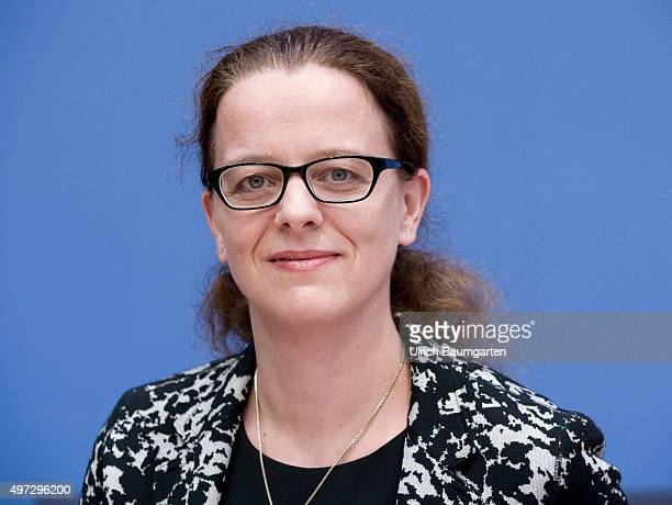 Press conference of the Expert Council on the Assessment of economic development 2015/2016 in Berlin Prof Dr Isabel Schnabel