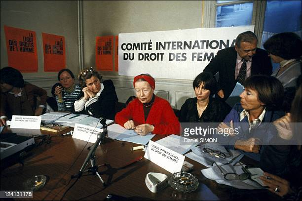 Press conference of the 'International Committee for the Rights of Women' In France On March 13 1979 Author Simone de Beauvoir Elisabeth Salvaresi...
