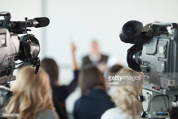press conference. - press conference stock pictures, royalty-free photos & images