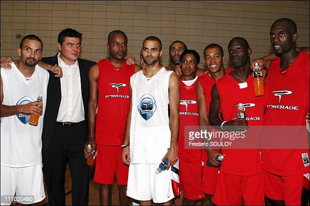 Press conference Power District 2005 with Tony Parker in Paris France on June 27th 2005 From left to right TJ Parker David Douillet TP Parker Senior...