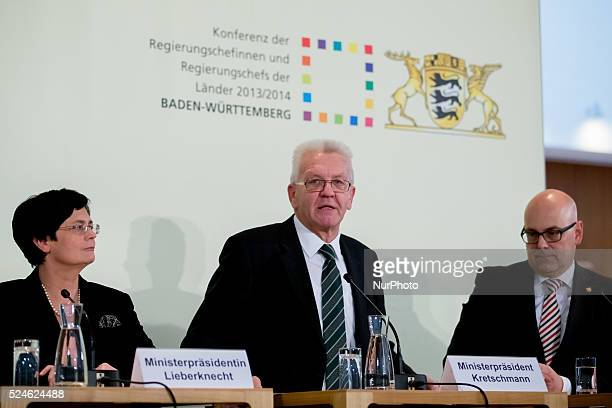 Press Conference with Prime Minister Kretschmann Prime Minister Lieberknecht and Prime Minister Albig after Meeting/Conference of the heads of...
