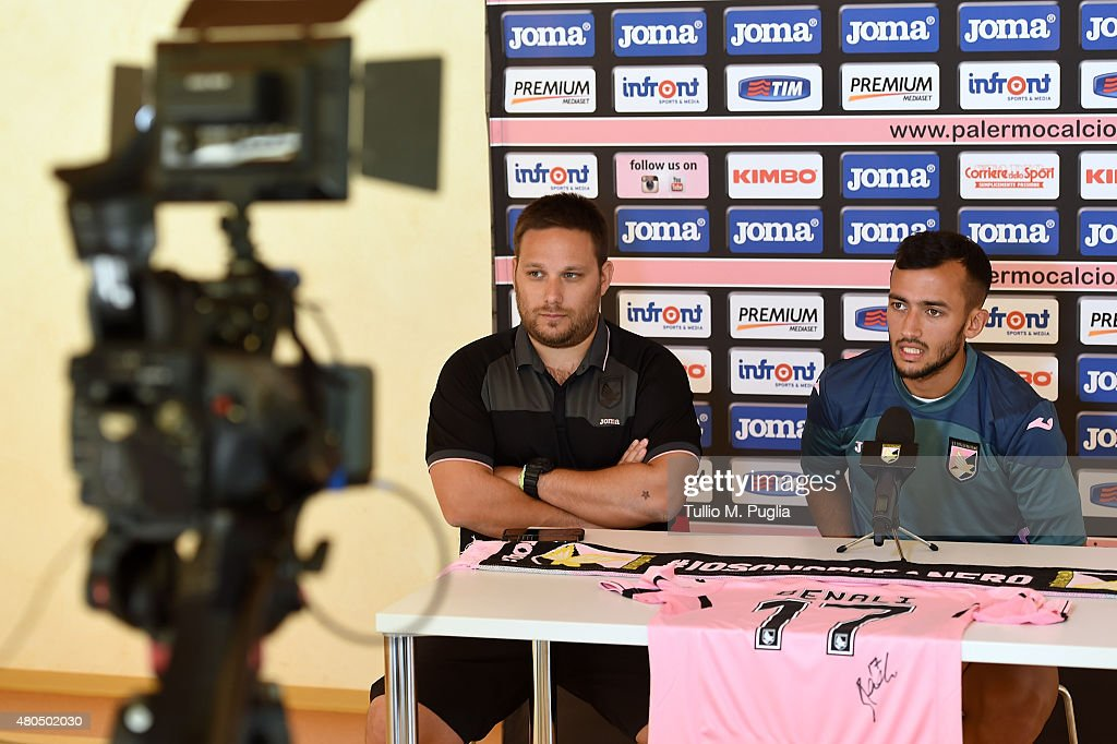 US Citta di Palermo Training Session : News Photo