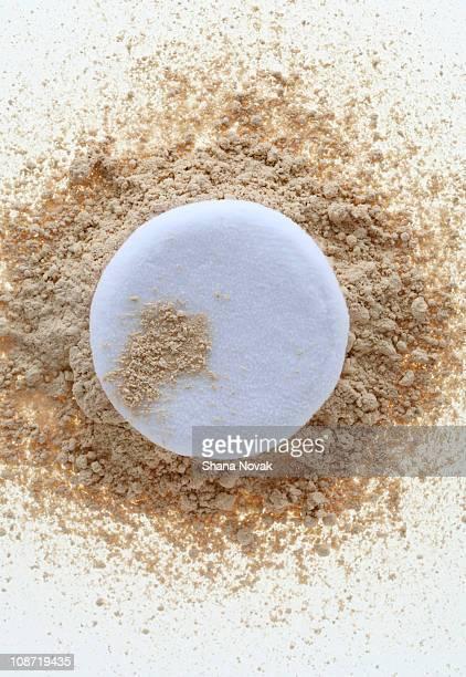 Pressed Powder Foundation with Sponge