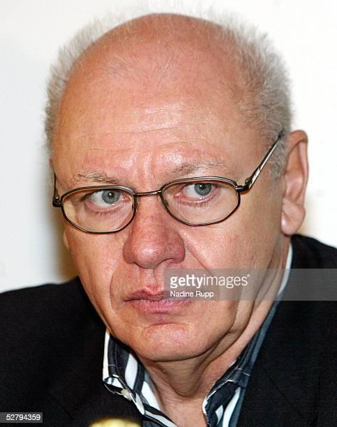 Pressekonferenz Dariusz Michalczewski Hamburg Boxpromoter KlausPeter KOHL