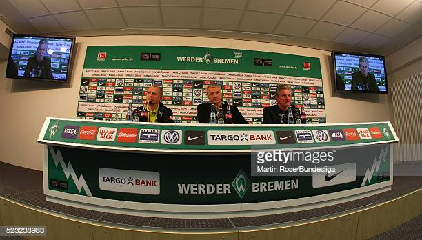 Pressekonferenz in dem neuen Presseraum von Werder Bremen nach dem Bundesligaspiels zwischen SV Werder Bremen Bayer Leverkusen im Weser Stadion am...