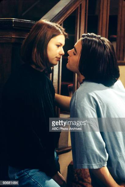 """Pressure"""" - Season One - 12/1/94, Angela must decide whether or not to sleep with Jordan .,"""