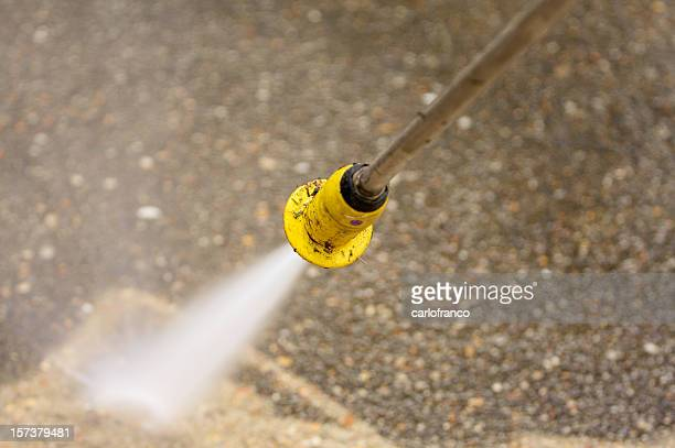pressure washing concrete - high pressure cleaning stock pictures, royalty-free photos & images