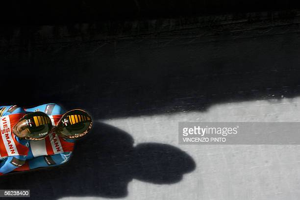 Preston Griffal and Daniel Joye speeds their luge during the Men Doubles Luge World Cup race in Cesana Pariol 19 November 2005 German Patric Leitner...