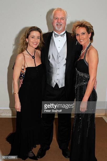 """Preston Hagman , Nicole Stifter , Liane Wirzberger , Benefiz-Gala 28. """"Deutscher Opernball"""" 2010 zu Gunsten Stiftung """"Menschen für Menschen"""" -..."""