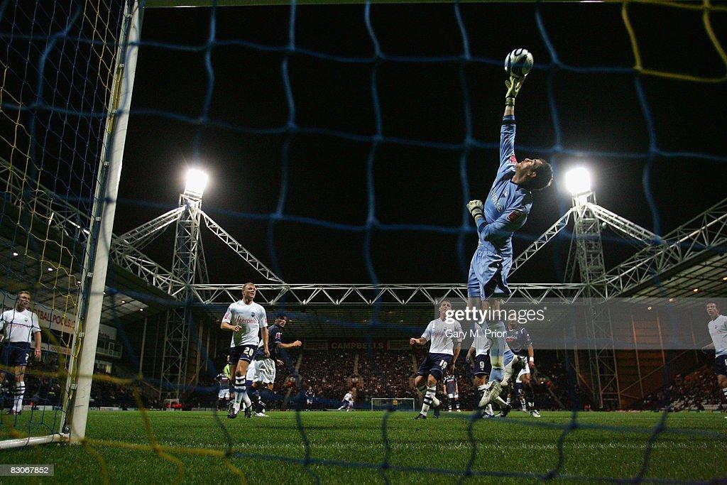 Preston North End v Swansea City : News Photo