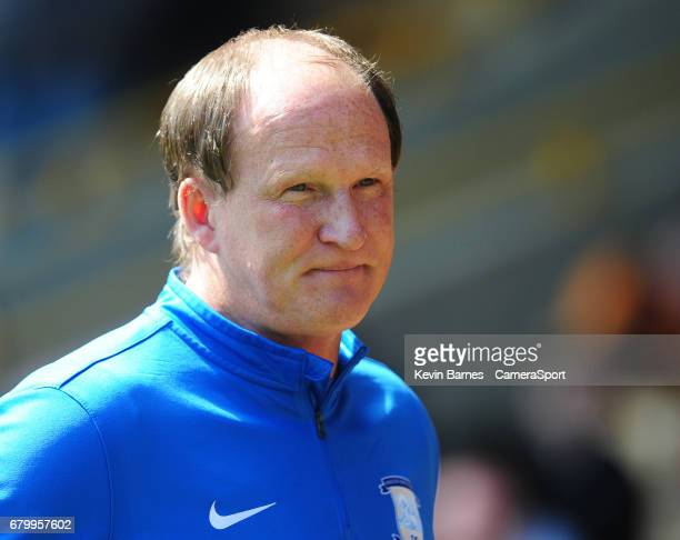 Preston North End manager Simon Grayson during the Sky Bet Championship match between Wolverhampton Wanderers and Preston North End at Molineux on...