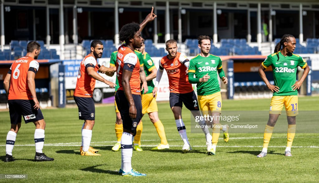 Luton Town v Preston North End - Sky Bet Championship : News Photo