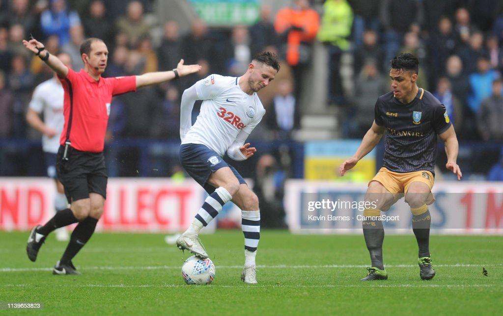 Preston North End v Sheffield Wednesday - Sky Bet Championship : News Photo