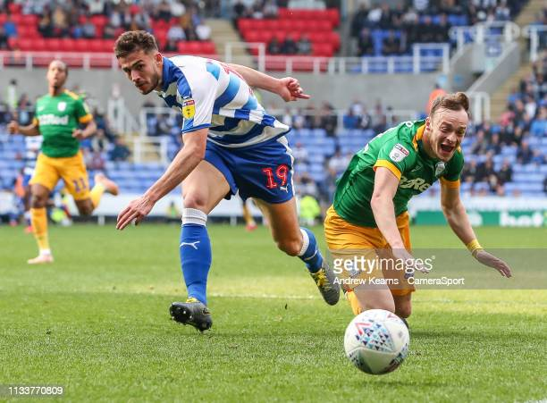 Preston North End's Brandon Barker competing with Reading's Matt Miazga during the Sky Bet Championship match between Reading and Preston North End...