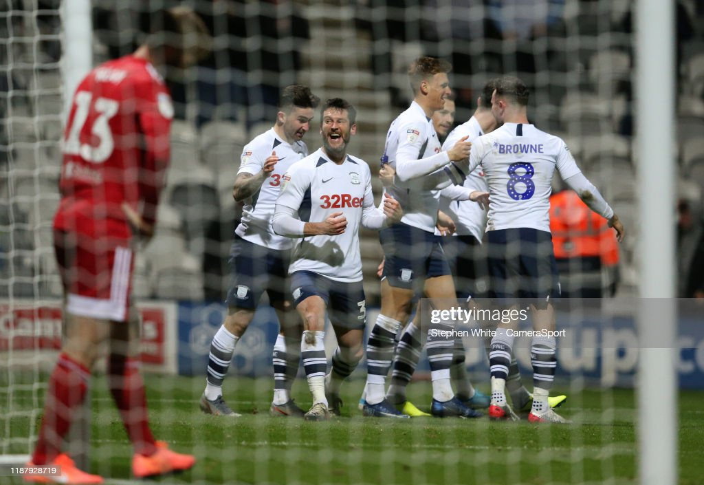 Preston North End v Fulham - Sky Bet Championship : News Photo