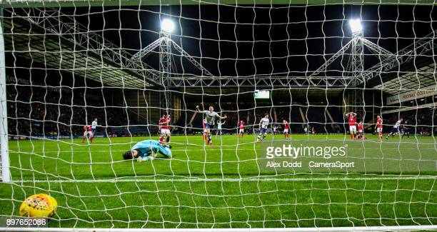 Preston North End's Paul Huntington scores the equaliser during the Sky Bet Championship match between Preston North End and Nottingham Forest at...