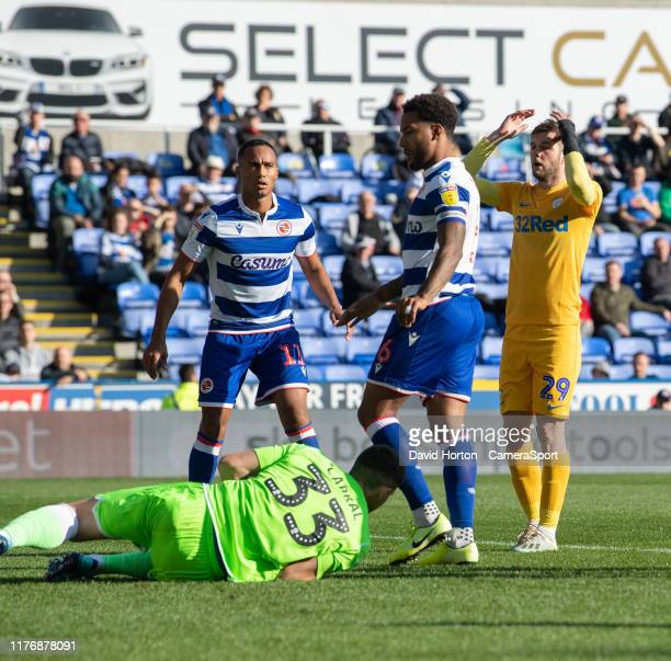 Preston North End's Tom Barkhuizen frustrated at not scoring as Reading's Rafael gets to the ball during the Sky Bet Championship match between...