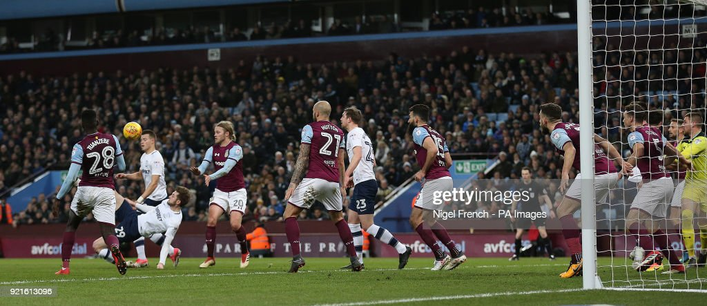 Preston North End's Tom Barkhuizen (second left) scores his side's first goal of the game during the Sky Bet Championship match at Villa Park, Birmingham.