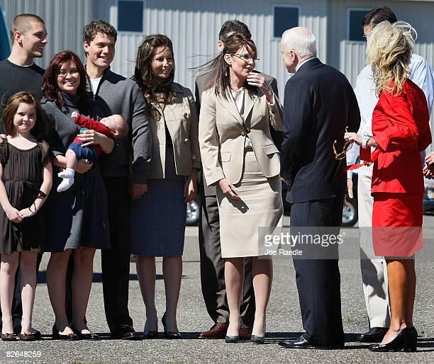 Presumptive Republican presidential nominee John McCain greets his vice presidential pick Alaska Gov Sarah Palin and her family Track Palin Piper...