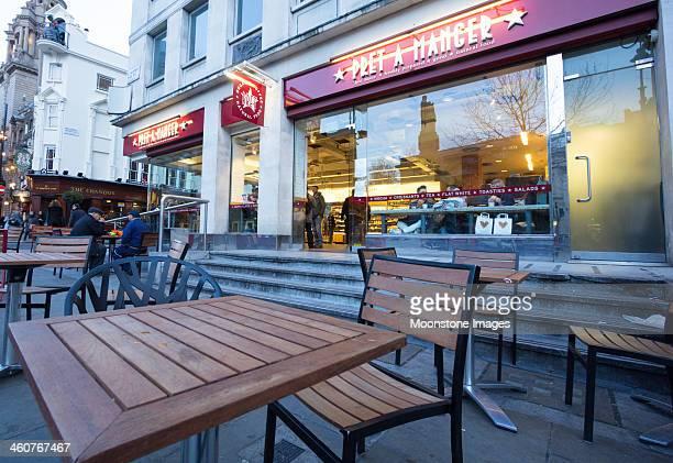 pret 、マネージャーを trafalgar square ,london - 食物連鎖 ストックフォトと画像