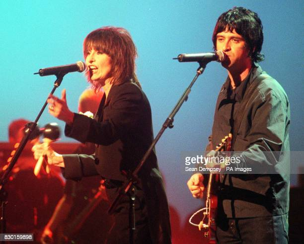 Pretenders singer Chrissie Hynde performs with former Smiths guitarist Johnnie Marr at the Linda McCartney tribute titled 'Here There and Everywhere...