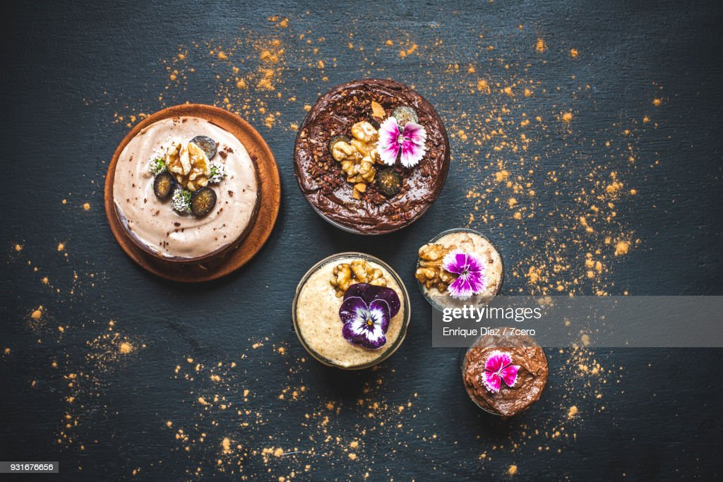 Pretty Chocolate and Caramel Breakfast Pot Clusters : Stock Photo