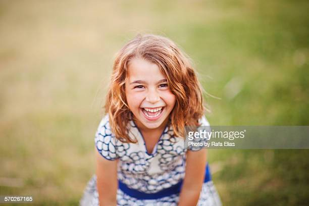pretty happy little girl - bambine femmine foto e immagini stock