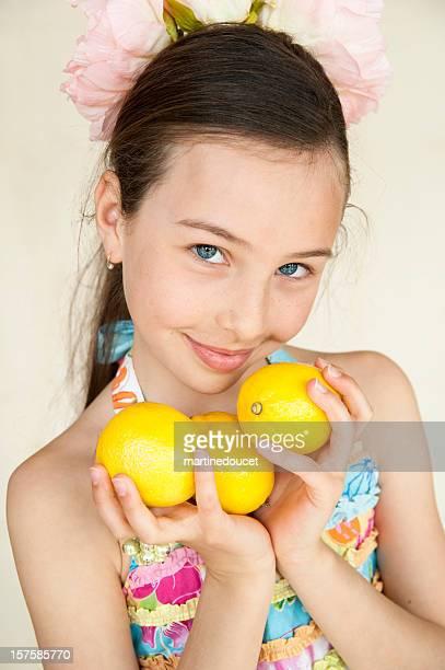 """pretty zest of lemon - """"martine doucet"""" or martinedoucet stockfoto's en -beelden"""