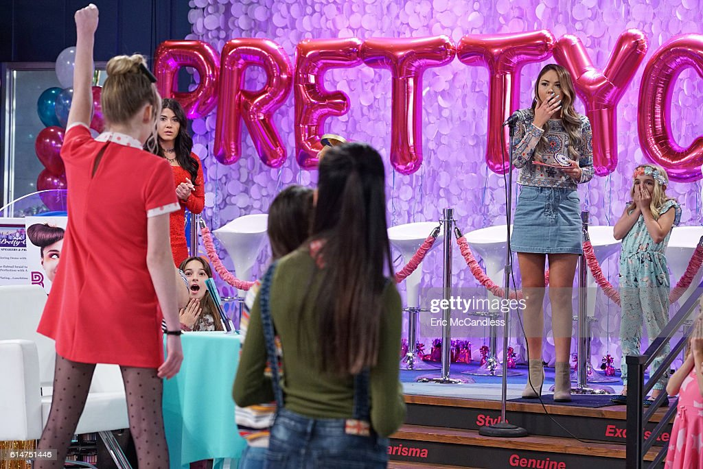 "Disney Channel's ""Bizaardvark"" - Season One : News Photo"