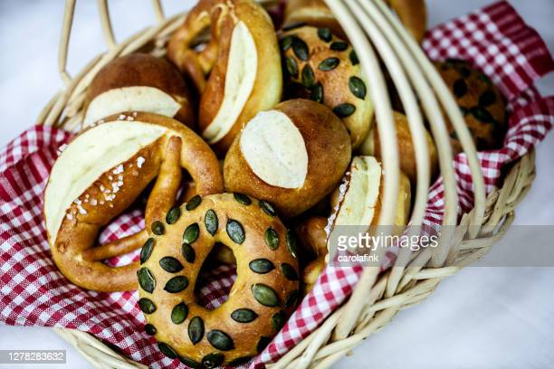 pretzel bakery goods - carolafink stock pictures, royalty-free photos & images