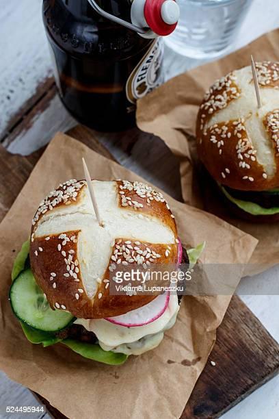 Pretzel hamburger
