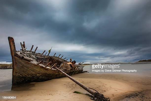 Prevailing Tide - Bunbeg Shipwreck, Donegal - Expl