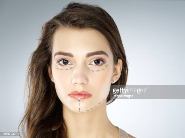 Preventing her skin from ageing
