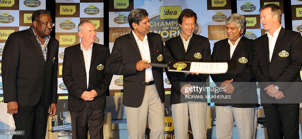 Previous cricket World Cup winning capta : News Photo