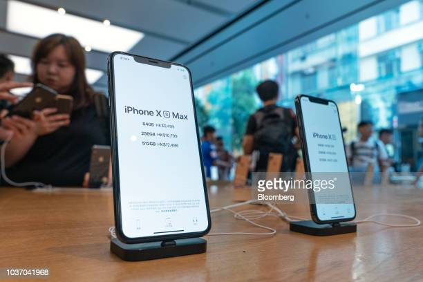 35 Apple Inc S Iphone Xs Xs Max And Watch Arrive In Stores