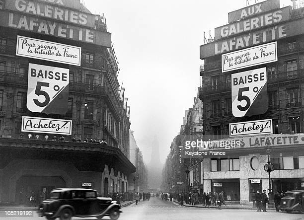 Prices Down To Fight Against The Devaluation Of Franc At The Galeries Lafayette In 1947