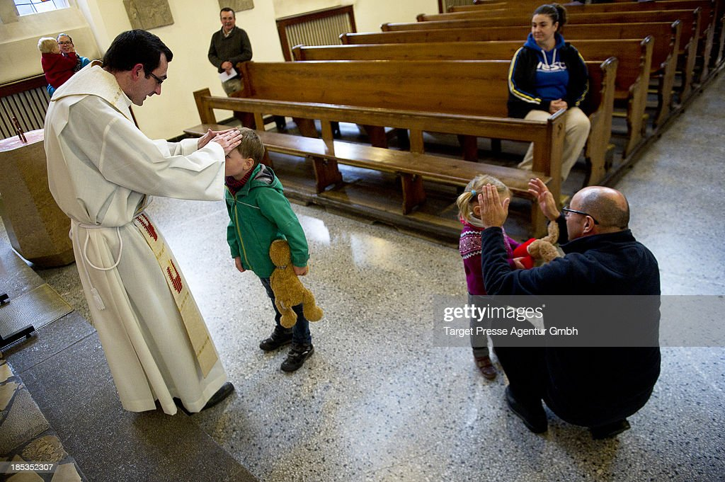 Catholic Church Hosts Mass For House Pets : News Photo