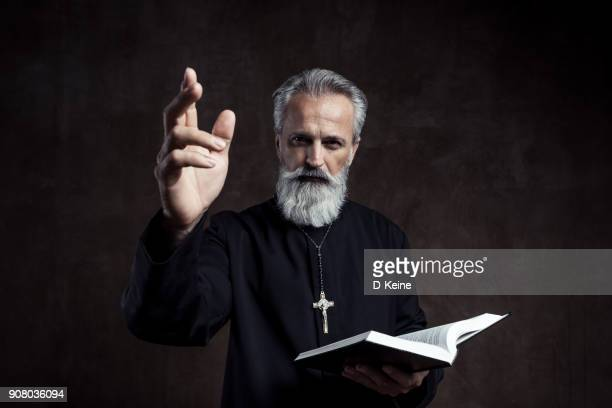 priest - vicar stock pictures, royalty-free photos & images