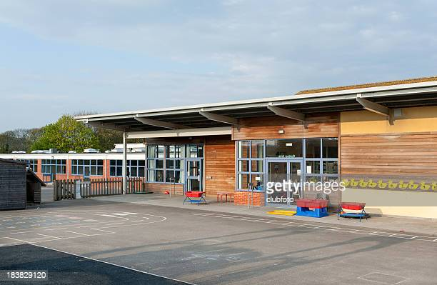 primary school building in kent, united kingdom - outdoors stock pictures, royalty-free photos & images