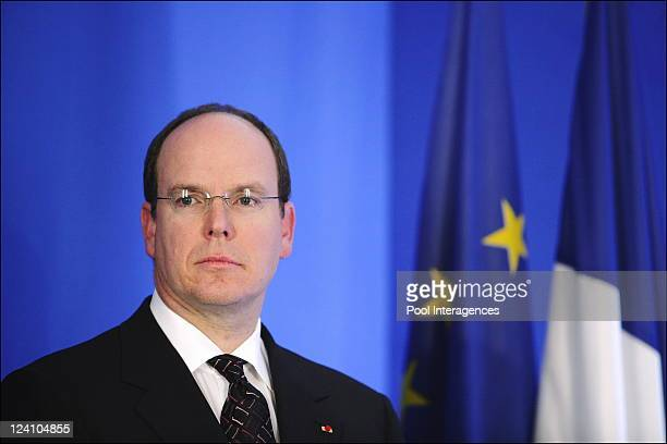 Primatologist Jane Goodall honored by French Prime minister In Paris France On January 17 2006 Prince Albert of Monaco listens the acceptation speech...