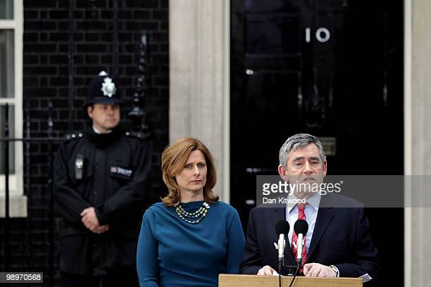 Prime Minister Gordon Brown and his wife Sarah Brown stand on the steps of Downing Street as Brown resigns on May 11 2010 in London England After...