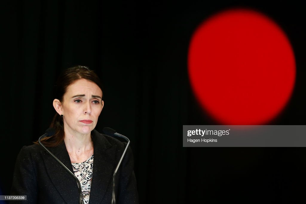 New Zealand Bans Semi-Automatic Weapons And Assault Rifles With New Gun Laws : Foto jornalística