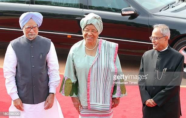 Prime Minister Manmohan Singh Liberian President Ellen Johnson Sirleaf and President Pranab Mukherjee during Sirleaf's ceremonial reception at...