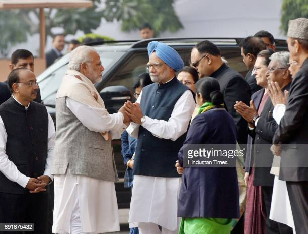 Prime Minister Narendra Modi Former Prime Minister Dr Manmohan Singh and Congresspresident Sonia Gandhi during the 2001 parliament attack anniversary...